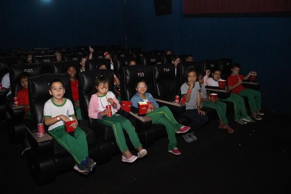 Instituto Criança abre semana da educação especial com cinema para estudantes
