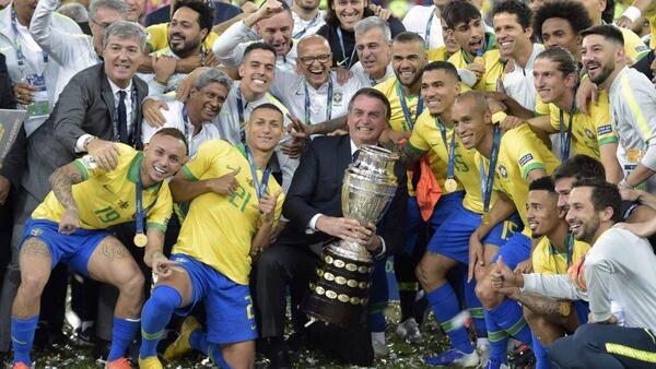 Após vencer o Peru por 3 a 1 na final, Brasil registra nove títulos do torneio
